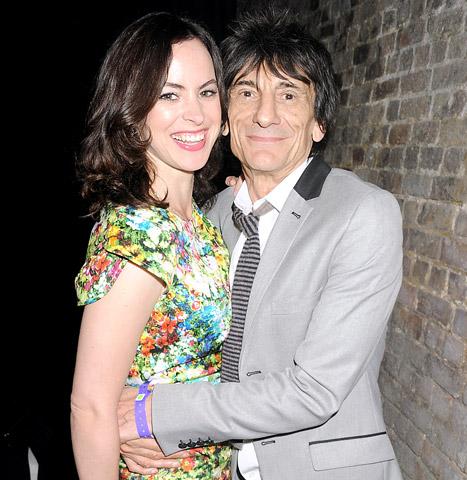 ロニーとサリー婚約 Bridges To The Stones News 1-12, 2012